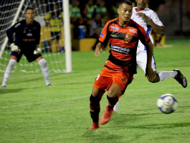 Flamengo vence clássico e lidera o Piauiense Kaiser 2019