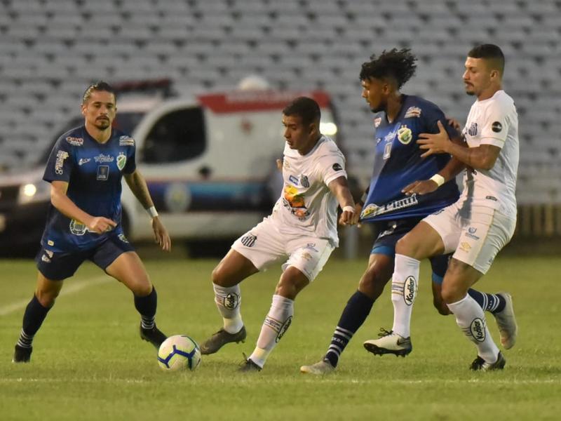 Santos-SP goleia o Altos e garante vaga na próxima fase da CBR