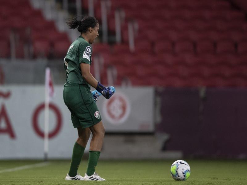 Brasileiro Feminino Sub-18: Ravena é destaque em título inédito